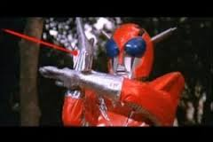 Infra-Man rips off Ultraman's signature move